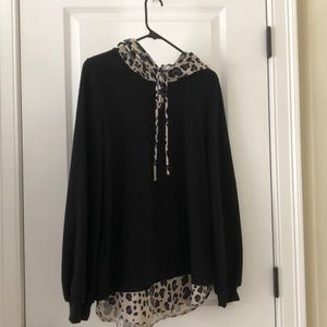 Sweaters - Black sweater with leopard accent